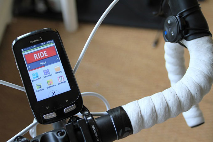Велонавигатор Garmin Edge 1000. Пульт управления Edge remote