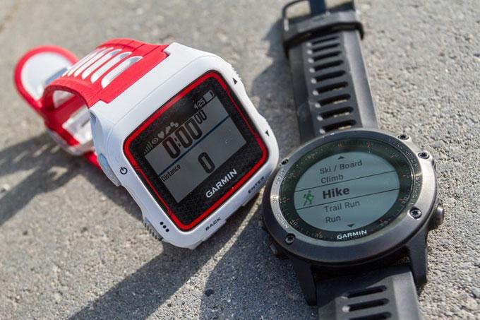 Спортивные часы Garmin fenix 3, Сравнение с FR920XT
