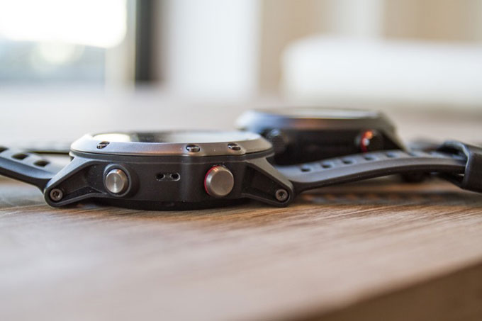 Мультиспортивные часы Garmin fenix 3. Сравнение размеров и веса