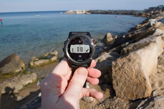 Туристический навигатор Garmin fenix 3. Меню датчиков: альтиметр, барометр, компас