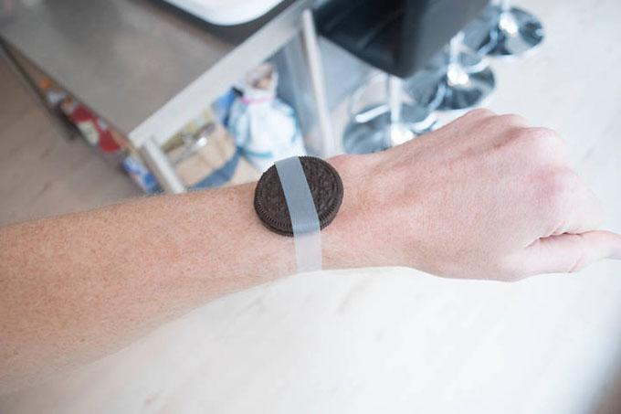 Часы для триатлона Forerunner 735XT. Сравнение размеров и веса