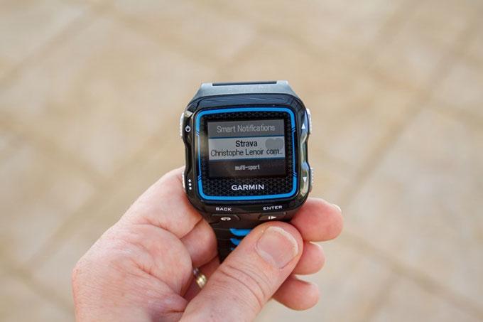 Умные часы для мультиспорта Garmin Forerunner 920XT. Смарт уведомления