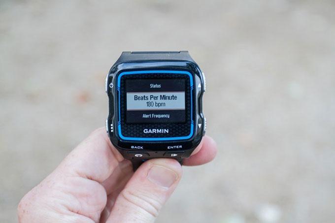 Спортивные GPS-часы для мультиспорта Garmin Forerunner 920XT