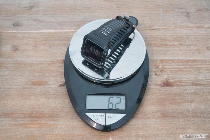 Часы Forerunner 920XT весят 62 грамм